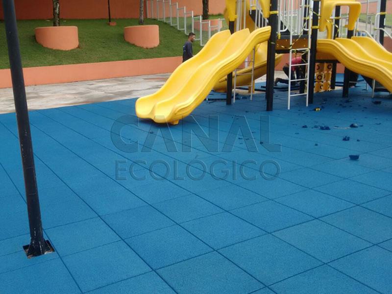 Piso Parque Infantil Externo borracha reciclada