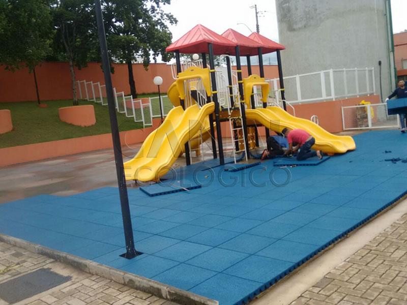 Piso Parque Infantil Externo ecológico