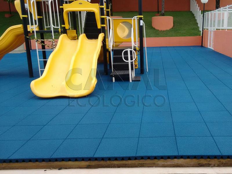 Piso Parque Infantil Externo